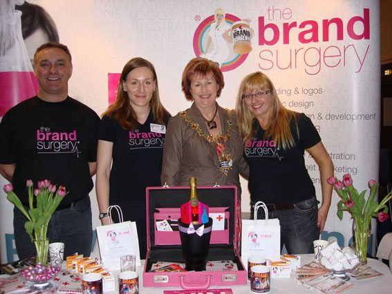 THE  BRAND SURGERY WINS AN AWARD